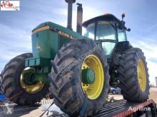 Tractor agrícola John Deere 4240S usado