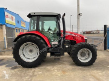 Tractor agricol Massey Ferguson 5611 second-hand
