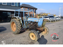 trattore agricolo Ford 5000