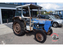 Tracteur agricole Ford 4100