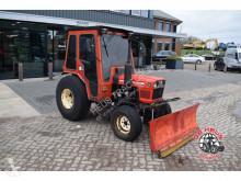 tracteur agricole Yanmar 226D