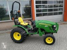 tracteur agricole John Deere 2520