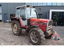 landbouwtractor Massey Ferguson 387 4wd.