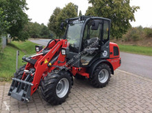 Weidemann 2070 CX LP farm tractor
