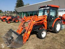 tractor agrícola Kioti