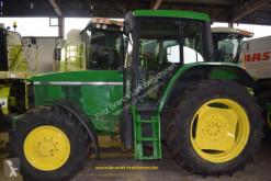tractor agrícola John Deere 6510