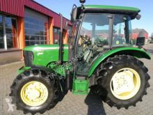 Tractor agrícola John Deere 5055E usado