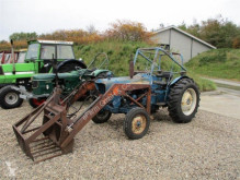 trattore agricolo Ford