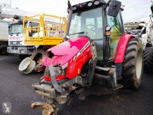 جرار زراعي Massey Ferguson MASSEY FERGUSON 6455 DYNA6 *ACCIDENTE*DAMAGED*UNFALL* مستعمل