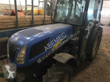 tractor agrícola New Holland T4040V