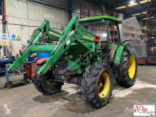 tractor agrícola John Deere 2800