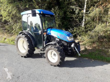 New Holland anderer Traktor