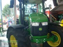Tractor agrícola John Deere 5100R** nuevo