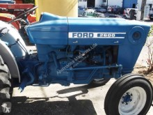 trattore agricolo Ford 2600