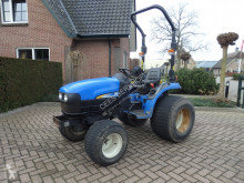 landbouwtractor New Holland TC 24