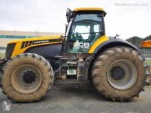 trattore agricolo JCB