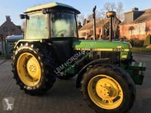 tracteur agricole John Deere 2850
