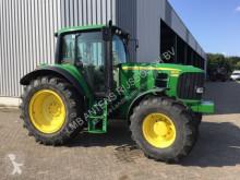 trattore agricolo John Deere 6630