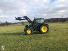 trattore agricolo John Deere