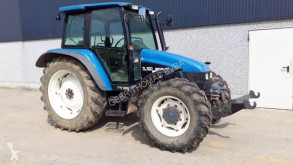 Tractor agrícola New Holland TL100 usado