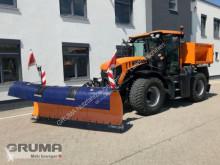 trattore agricolo JCB 4190 Kommunal