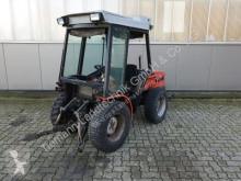 zemědělský traktor Carraro