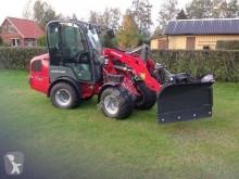 Weidemann 1770 CX50 farm tractor