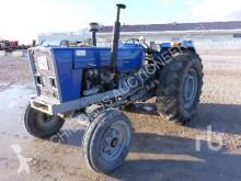 tracteur agricole Ebro 684E