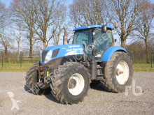 tractor agrícola New Holland T7070