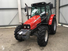 tracteur agricole Massey Ferguson 5425