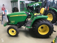 tracteur agricole John Deere 3036E