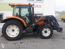 селскостопански трактор Renault