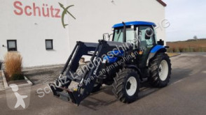 trattore agricolo New Holland TD 70D