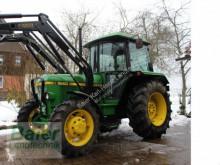 tracteur agricole John Deere 1640