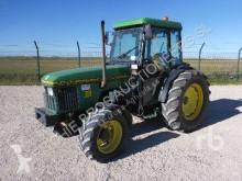 tracteur agricole John Deere 5500N
