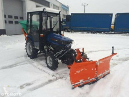 trattore agricolo Farmtrac Farmtrac 26 26PS Hydrostat Winterdienst Schneeschild Streuer NEU