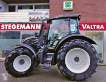 landbouwtractor Valtra
