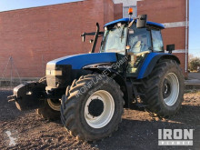 tracteur agricole New Holland TM155