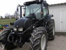 Преглед на снимките Селскостопански трактор Valtra