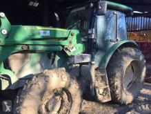 tracteur agricole John Deere 6100 MC