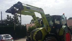 tractor agrícola Claas ARION 530