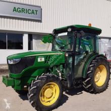 tractor agrícola John Deere 5100GF