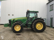 tractor agrícola John Deere 8530