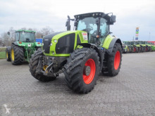 Claas AXION 920 Cmatic farm tractor