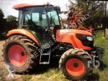 tractor agrícola Kubota M7060D