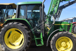 Tractor agrícola John Deere 6210 usado