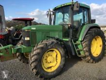 tractor agrícola John Deere 6600