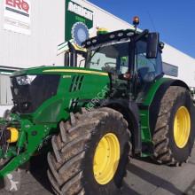 tractor agrícola John Deere 6215R