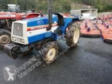 tractor agrícola antiguo usado