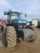 tracteur agricole New Holland 8970